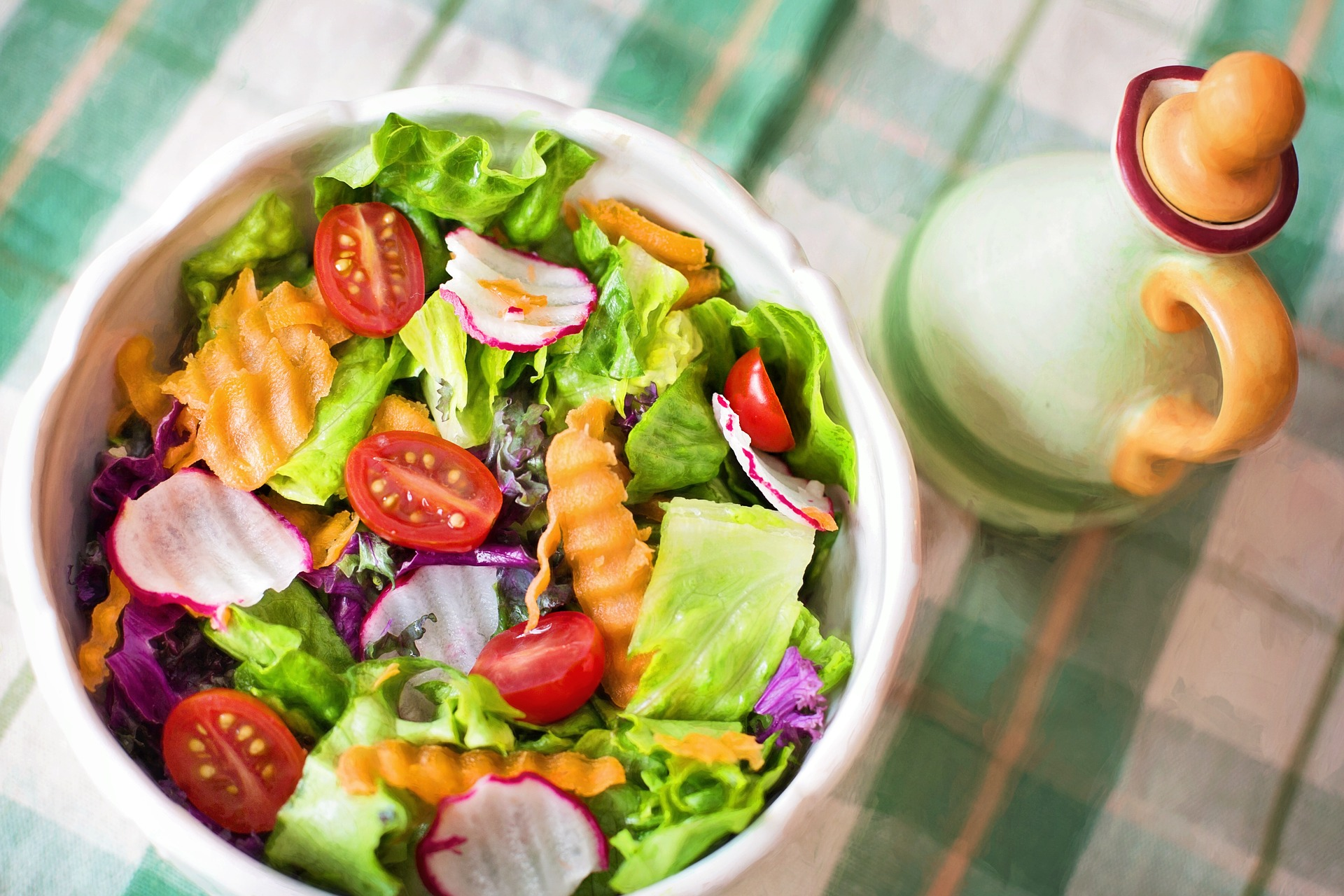 Healthy eating for improved productivity: meal-time tips for foodie freelancers