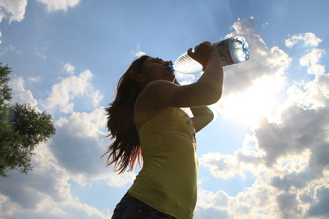 Drinking water: a free and easy tip to boost your business productivity